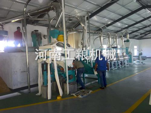 四组石磨面粉机械